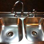 آموزش تمیز و براق کردن سینک ظرفشویی استیل ( شرکت خدماتی نظافتی اریا )